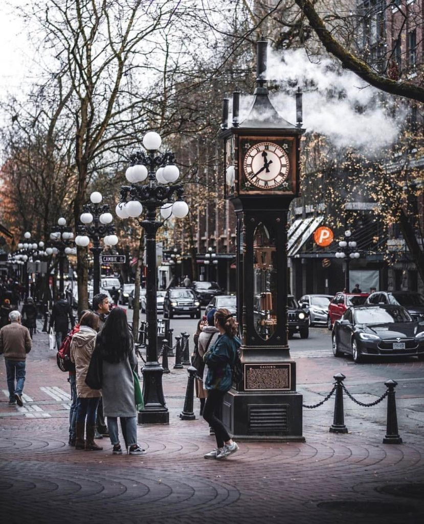 gastown steamclock Vancouver Gryphon