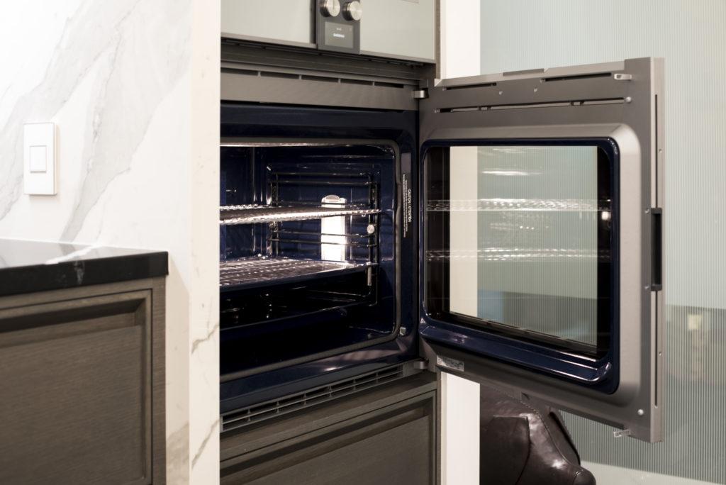 Westbury Gryphon Development Steam Oven